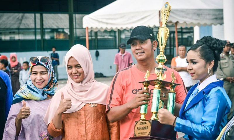 Marching Band SMP Negeri 2 Bintan Raih Juara Umum Lomba Drum Band